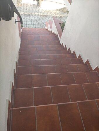 Problema wifi risolto in neanche 24 ore e pulizia giornaliera delle scale che alcuni lamentano sporche dai piccioni... complimenti!!!