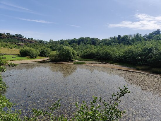 this quarry lake is not as scenic as Cawfield Quarry,
