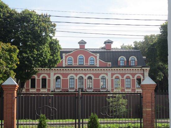 Manor Krasnoye