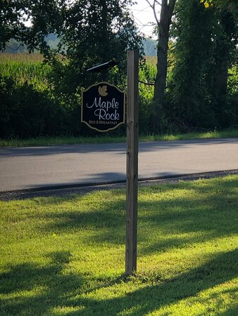 Maple Rock Bed and Breakfast