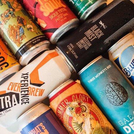 Variedade de cervejas.