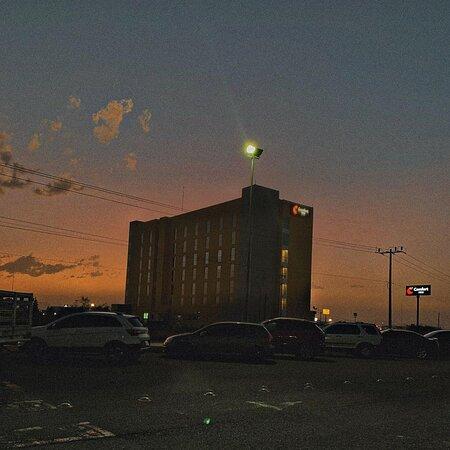Hotel Comfort Inn, ciudad Delicias Chihuahua (IG: @bryanph10).