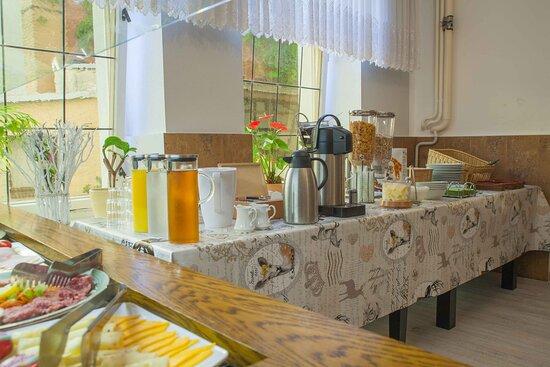 Foto de Hotel Kutzbach, Reuterstadt Stavenhagen: Das Jägerzimmer kann auch für Veranstaltungen reserviert werden. - Tripadvisor