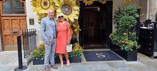 The Sunflowers are to celebrate the nearby Leonardo Da Vinci exhibition.