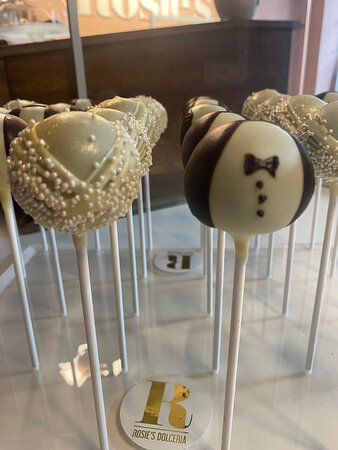 Mr. & Mrs Cakepops