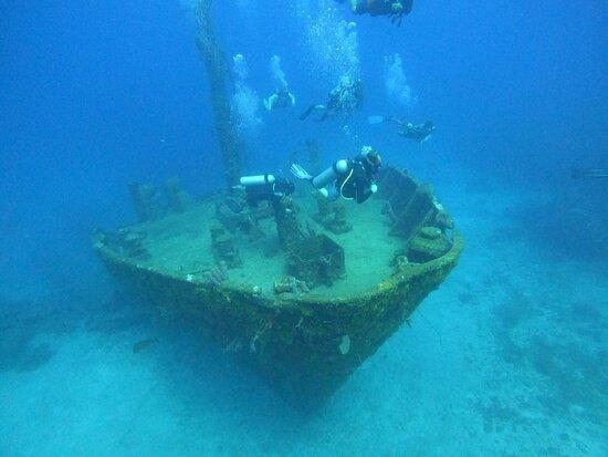 El Aguila wreck