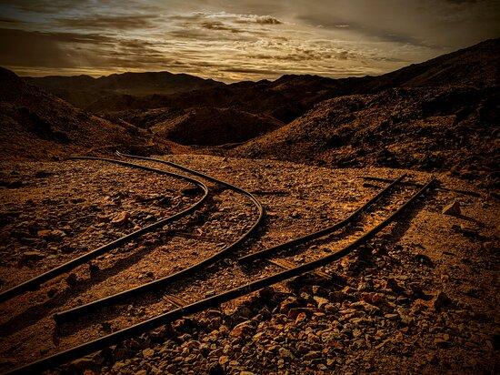 Joshua Tree National Park, Califórnia: Abandoned small gauge track near an abandoned mine