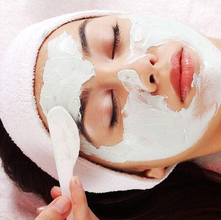 Facial complet avec bain aux huiles essentielles