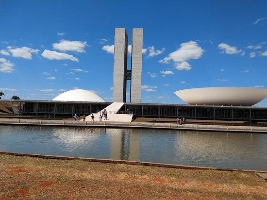 Arquitetura contemporânea e paisagem bonita
