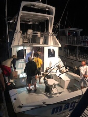 Private Deep Sea Full-Day Fishing Charter in Hawaiian Waters: Here's when we arrived