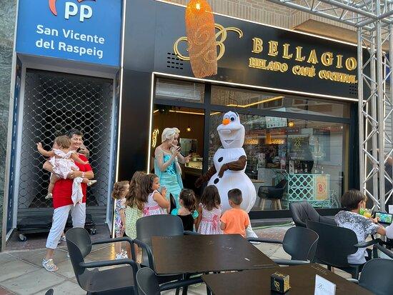 Actuación Frozen en Bellagio