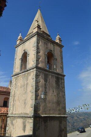 Campanile  della chiesa dell'Annunziata - Capri Leone