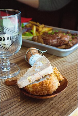 Toast de foie gras