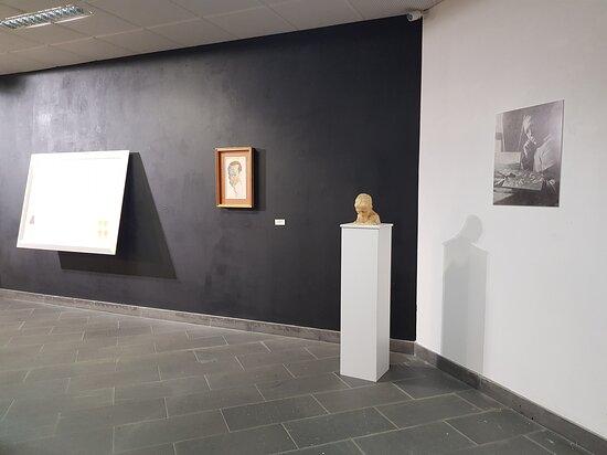 Allestimento mostra AB ORIGINE_Tosino Anfossi.Collezione di famiglia_ Mostra visitabile fino al 14 novembre 2021