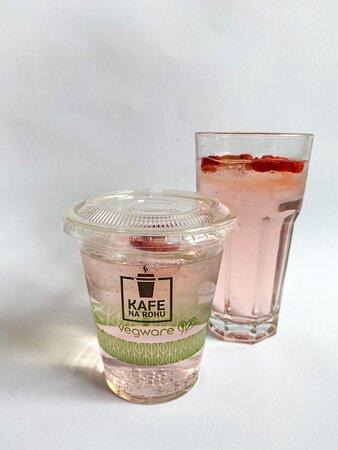 Pink Gin Tonic 89,- CZK