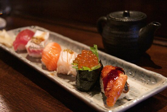 Delight your taste-buds with the 6 piece Nigiri set.