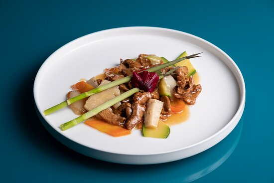 Vitello con verdure miste