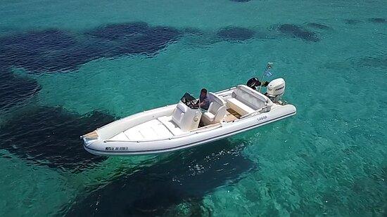 Sunseadeck.gr ενοικιάσεις σκαφών Ανάβυσσος τηλ κρατήσεων 6973035344