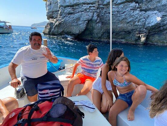 Bellissima esperienza esplorare Marettimo accompagnati da Pippo e dai suoi racconti