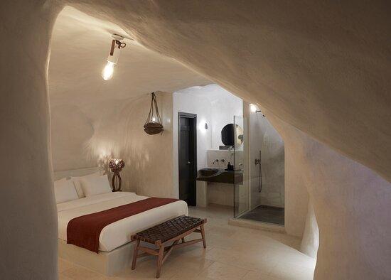 Vinsanto Honeymoon Villa