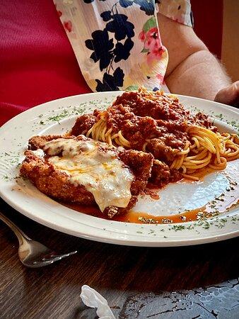 Rapid City, MI: Chicken parmigiana