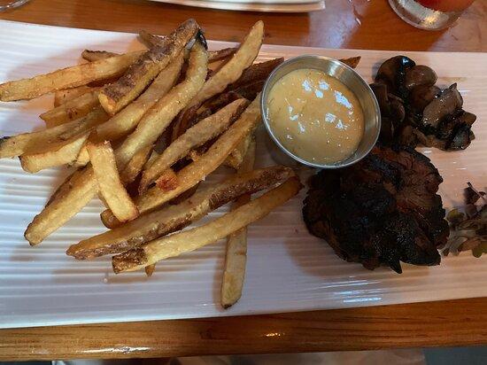 Steak, frites, aïoli