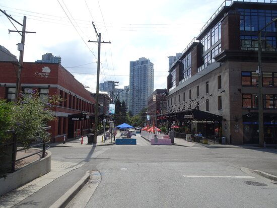 Long-view of one of the warehouse streets