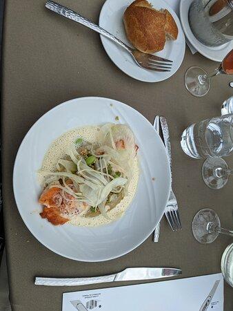 Bateaux Parisiens Seine River Gourmet Dinner & Sightseeing Cruise: salmon in beurre blanc sauce