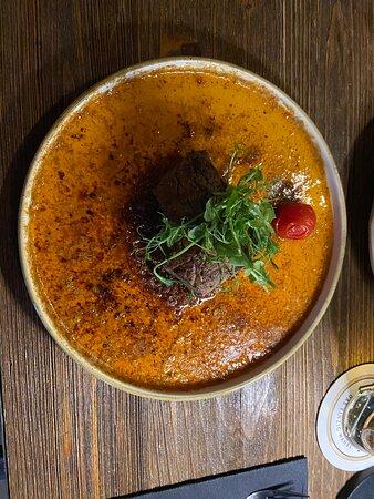 Steak in sambal jus