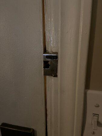 Brocken front door lock