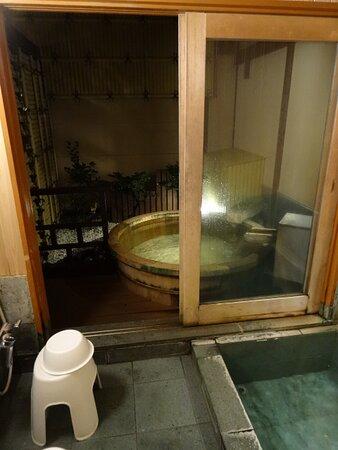 貸切風呂(樽風呂)