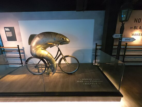Guinness Storehouse Entrance Ticket: Guinness advertising. Fish on a bicycle