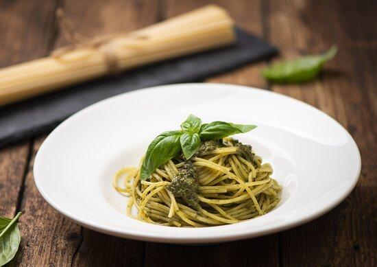 Capri Express Chalong Italian Restaurant & Coffee Shop Spaghetti Pesto