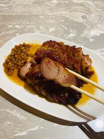 黑毛豬叉燒皇例牌 BBQ Iberico Pork ($128)