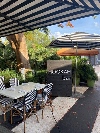 Hookah bar where the best hookahs are made