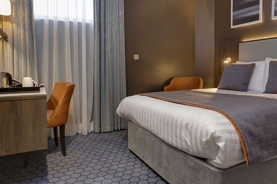 Suite: Double Room