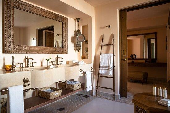 One and Two Bedroom Villa - Bathroom