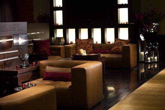Alcazar Lounge Sitting Area