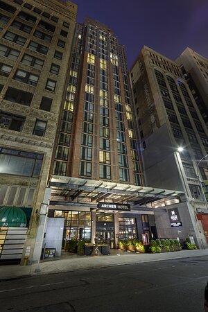 Archer Hotel New York Exterior Night