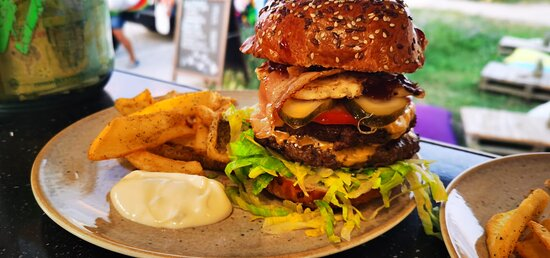 Vama Veche, Ρουμανία: Burgers