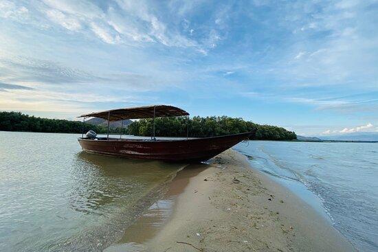 Boat Cruise SM