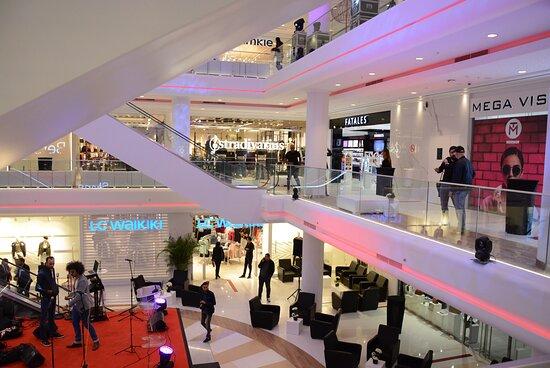 design intérieur de TUNISIA MALL 2