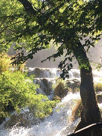 Schitterende watervallen bij Skradinski buk