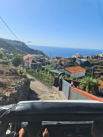 Skywalk, Porto Moniz Volcanic Pools and more...Full day Tour in Open Roof 4x4 Φωτογραφία