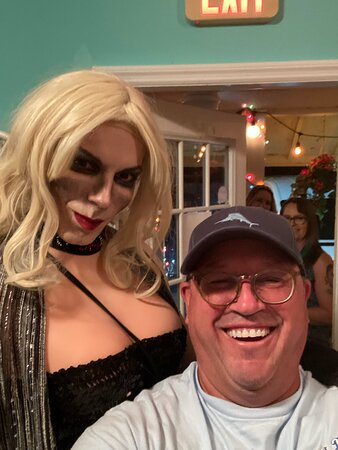 """Haunted Sarasota: Mummies, Murder & Mayhem!: Just """"One"""" of the ghosts that made the tour phenomenal! An after picture in the shop with Juicy Lucy! """