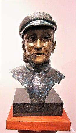 J.A.Z Desgagnés 1999, Bronze, Pipe ayant appartenu au Capitaine Desgagnés, Huguette Joncas, Collection Musée Maritime de Charlevoix.  J.A.Z était l'abréviation de Joseph-Arthur à Zélada