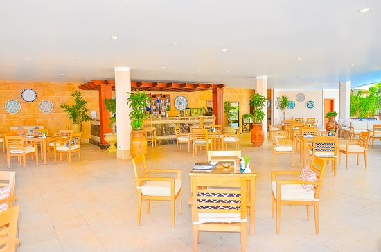 Oasis Pool Bar and Restaurant
