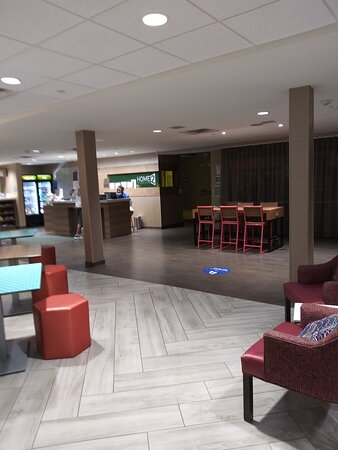 The big roomy Lobby area, and Complimentary Breakfast Seating.