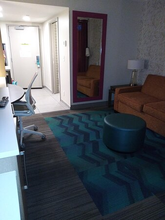 The nice size suite, room 423.  All Rooms are the same in this Hotel.  Plenty of places to put your personal items, but there is no Private and Personal Safe in the Rooms.