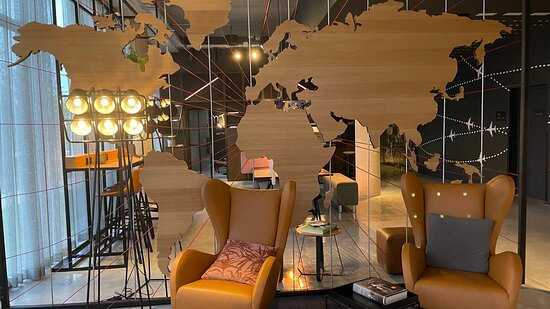 Modern and fun lobby lounges